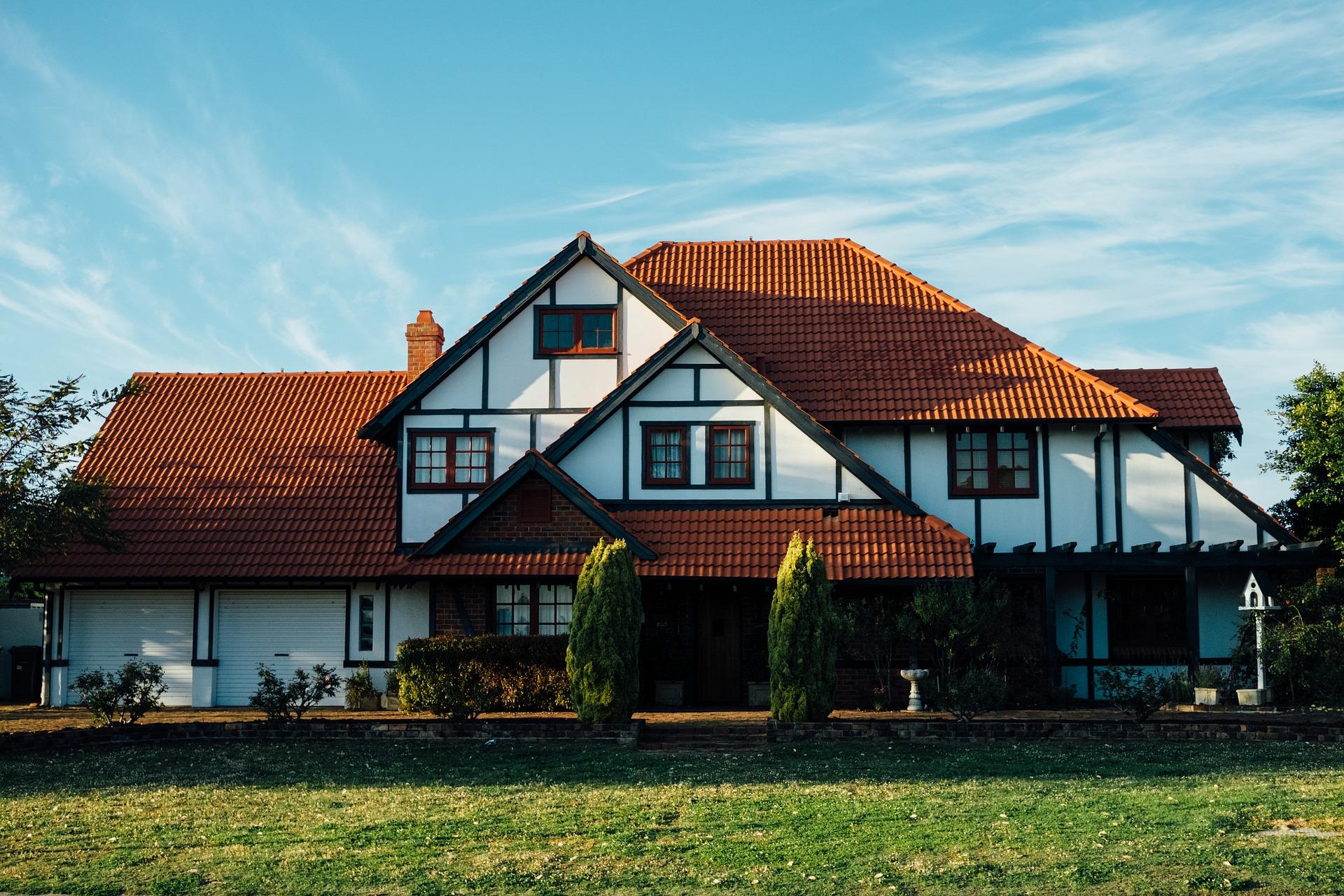 Typy domów z drewna – podstawowe informacje