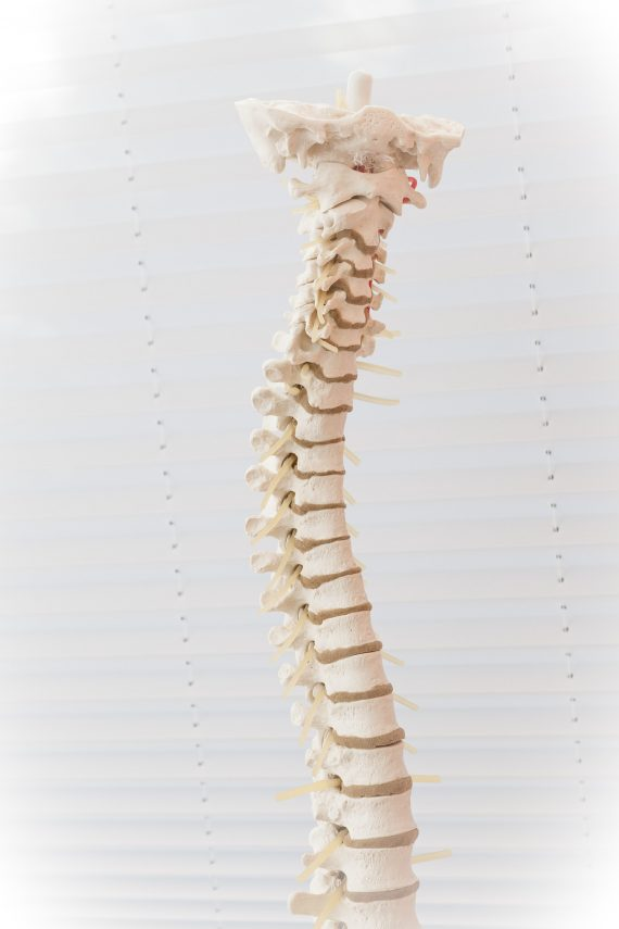 Problemy z kręgosłupem a operacja
