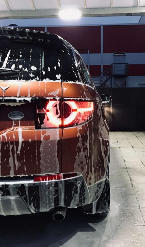 Myjnia samochodowa samoobsługowa- jak korzystać?